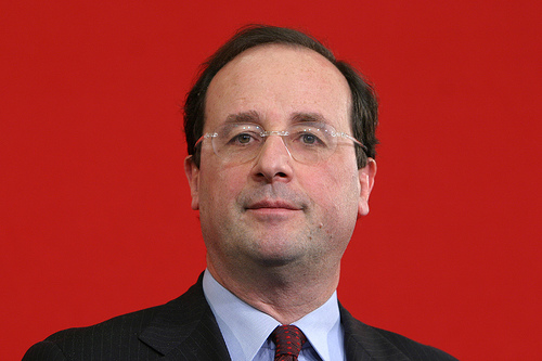 http://astrologie-autrement.com/wp-content/gallery/galerie_celebrites/hollande.jpg