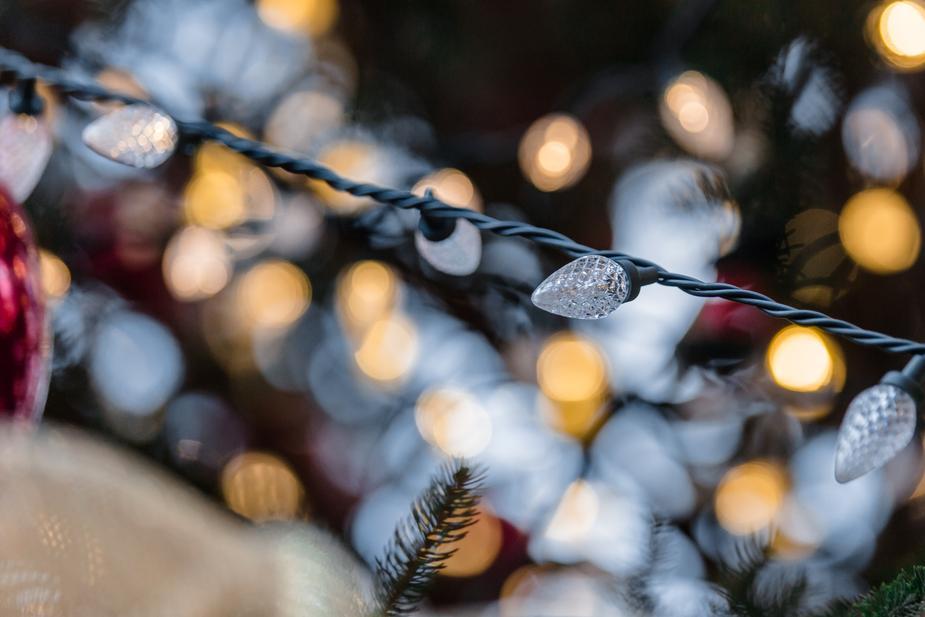 christmas-lights_925x